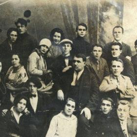 Коллектив артистов ТГАТ